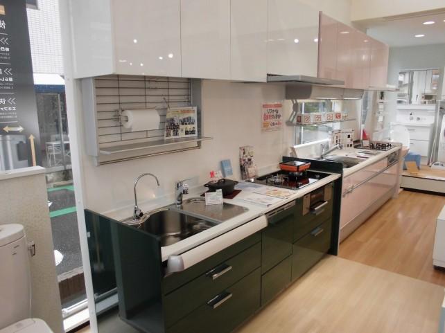 毎日のお料理をもっと楽しく・・・システムキッチンを各種展示、触って体感していただけます