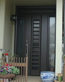 玄関 たった1日で防犯性の高いドアに!!! (事例021)